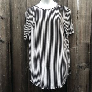 H&M striped tunic blouse side slits